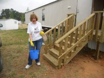 tornado_recovery_mission_trip-20110624-DSCN1454