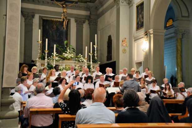 Singing in Pescia
