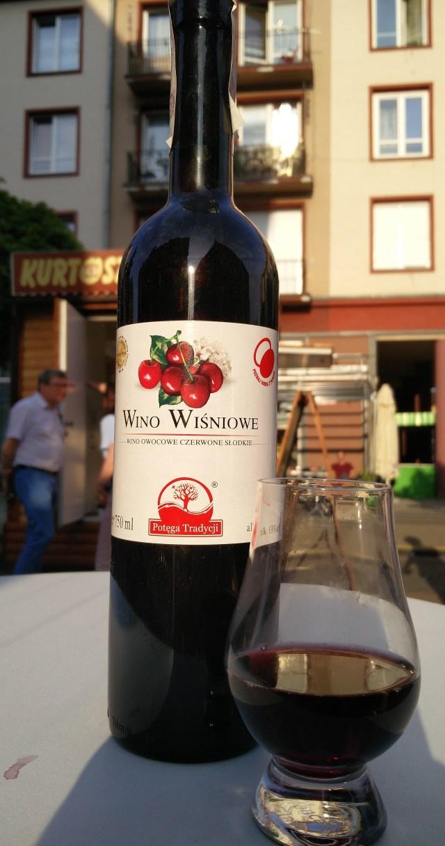 Wino wiśniowe