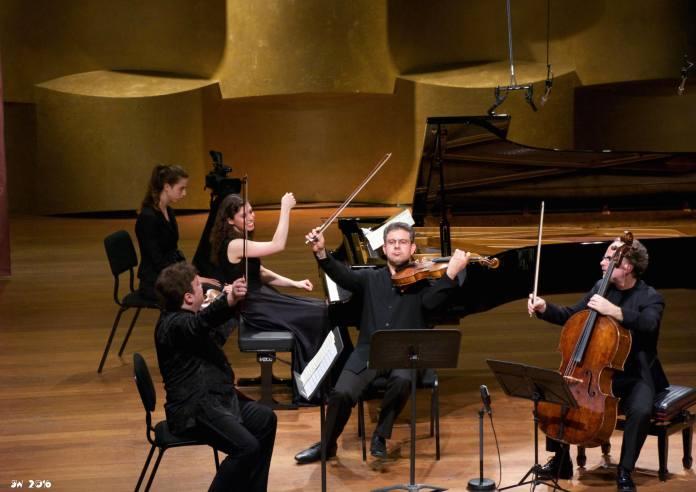 Rubinstein chamber