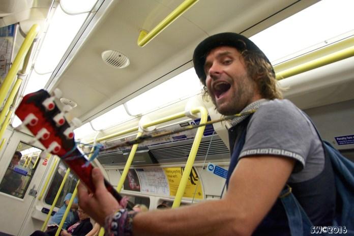 Tube guitarist