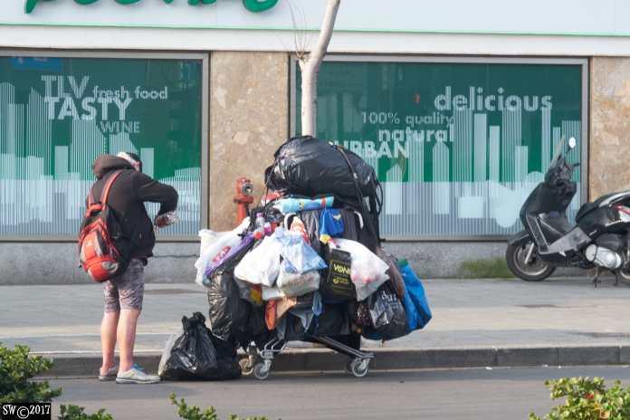 Homeless en suite 2