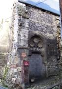 Seite der verfallenen Kirche, eigenes Foto, Lizenz CC by