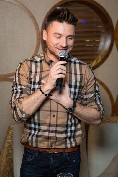 Лазарев Сергей - фото певца и телеведущего