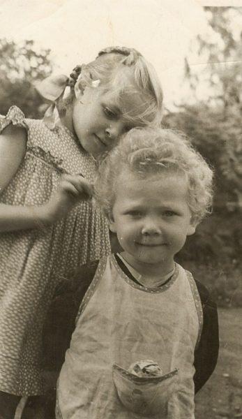 Лайма Вайкуле в детстве. Фото