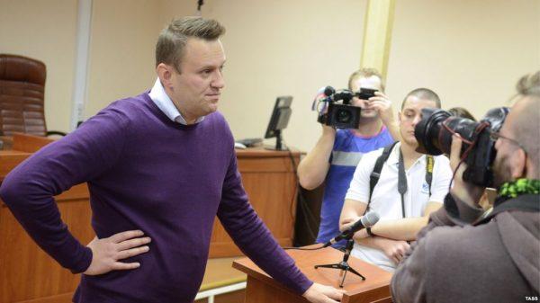 Навальный в суде. Фото