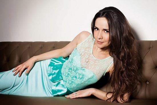 Певица и актриса Наталья Орейро