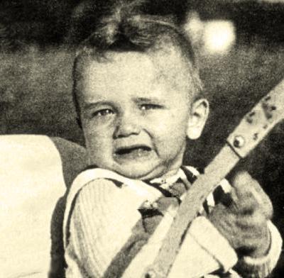 Арнольд Шварценеггер в детстве. Фото