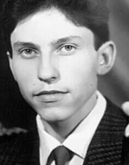 Александр Ревва в юности