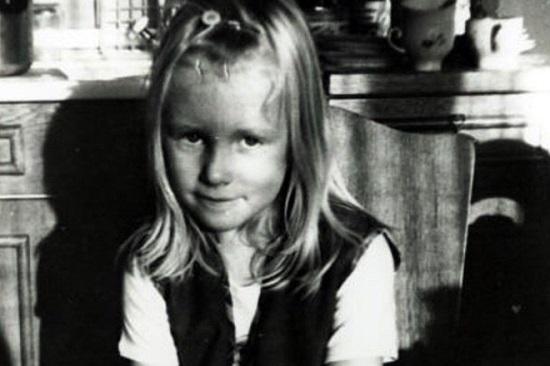 Катя Гордон в детстве