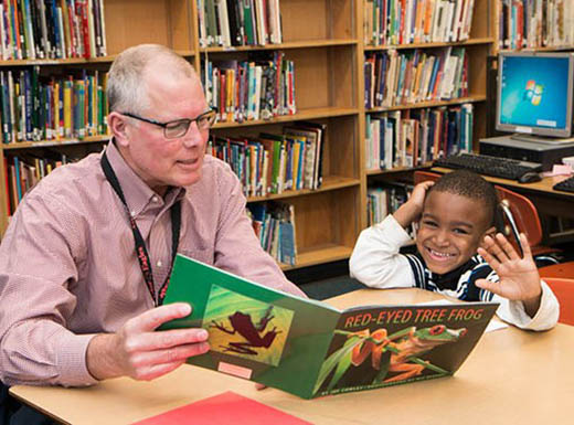 Nonprofit seeks seniors to help children with reading