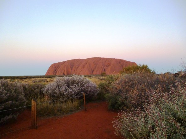 rock red earth uluru