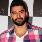 Nikitin Dheer Height, Weight, Age, Biography, Wiki, Salary, Wife, Family