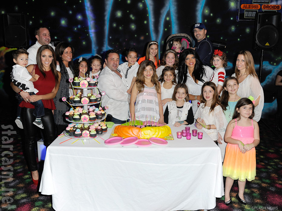 PHOTOS Teresa Giudice And Family Celebrate Gias 12th Birthday