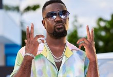 Photo of Ghanaians find joy in seeing people fall – Sarkodie