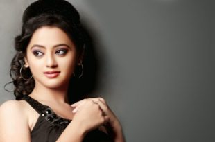 helly shah height
