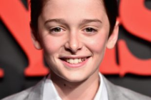 noah schnapp height