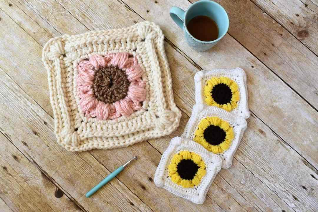 99ae6feeb9d Something inspired me to make a square. I never make squares! I do  3  sunflowers though
