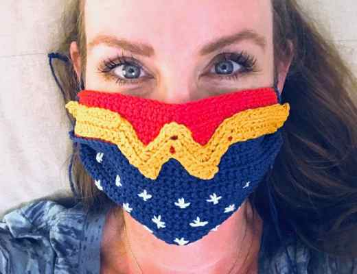 Wonder Woman Crochet Mask Cover