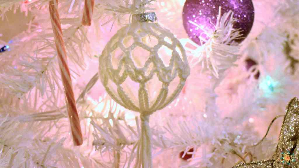 starlight christmas ornament feature