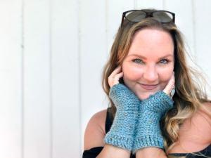 Tabby-Star-Crochet-Mittens-Pattern-10