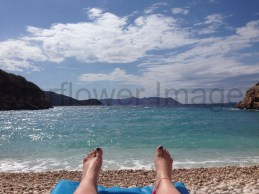 the obligatory toes and beach pic ;)