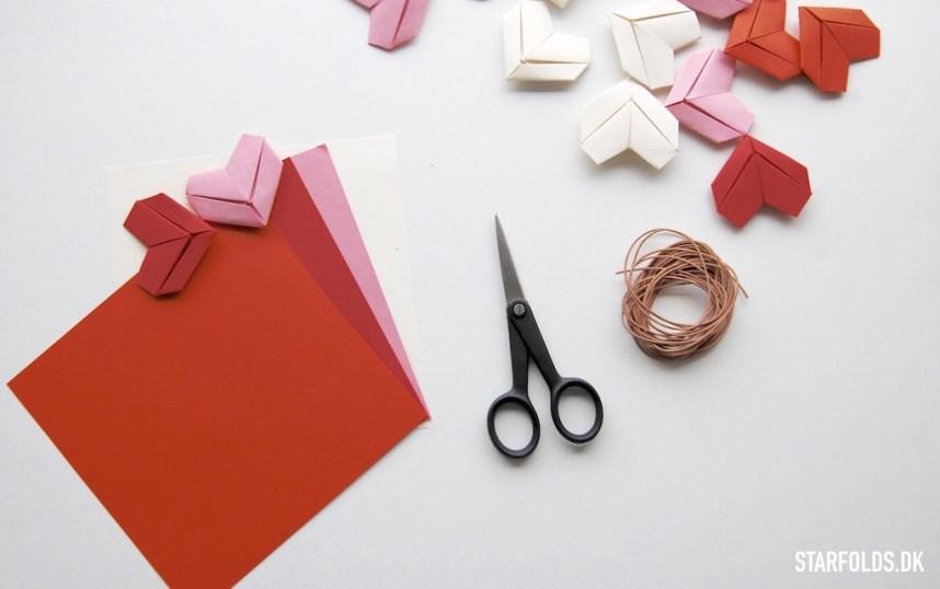 DIY origami hjerter i papir materialer