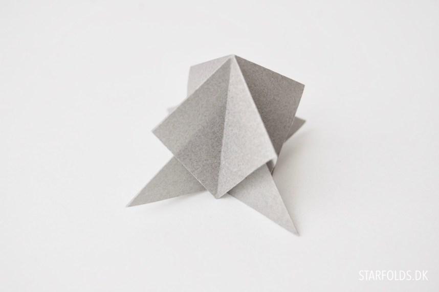 Sådan samler du modulerne - Origamipynt