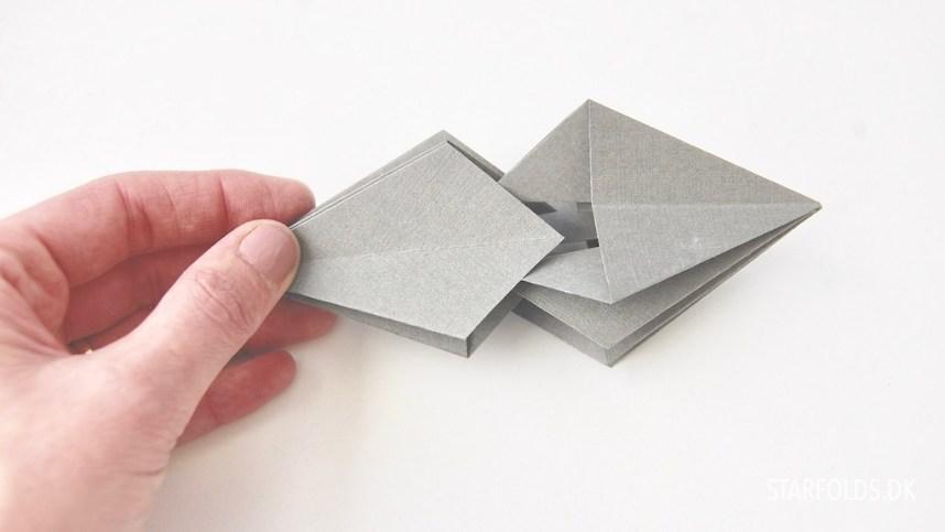 DIY fold selv papirjuveler trin 2