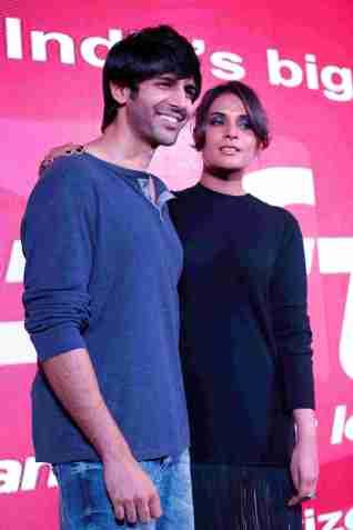 Kartik Aryan and Richa Chadha