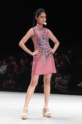 Indonesia Fashion Week 2014 - Star Glam Magazine
