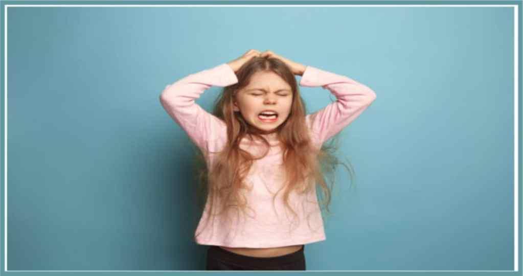 causes of tics disorder