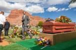VeldonBlack-Funeral-Graveside-8039
