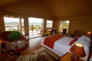 starmount-mweya-safari-lodge-tents-cottages-1