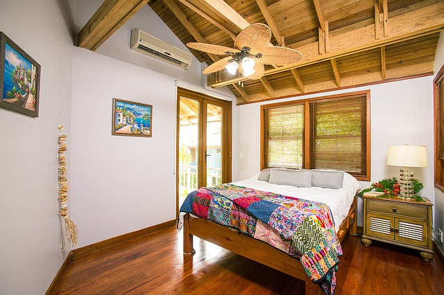 beach-house-interior-1505461_640