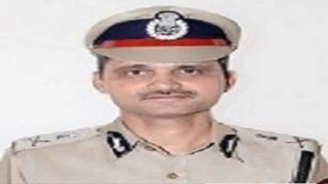 जयपुर: बढ़ते कोरोना केस के बाद डीपीजी का आदेश- पुलिस मुख्यालय के 50 फीसदी स्टाफ घर से करें काम