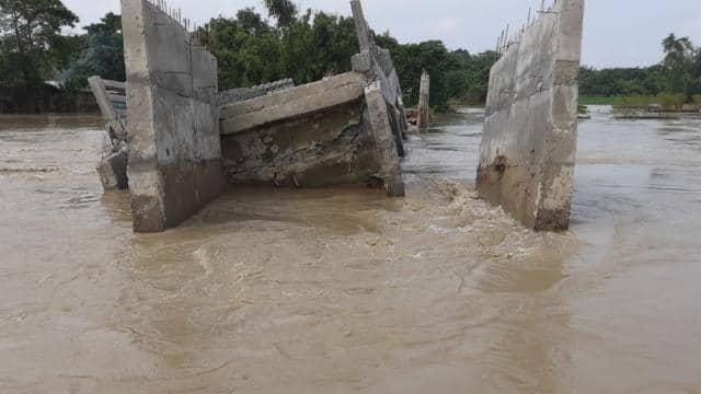1.42 करोड़ की लागत से बना पुल उद्घाटन से पहले ही बह गया, ग्रामीणों का आरोप- निर्माण में बरती गई लापरवाही