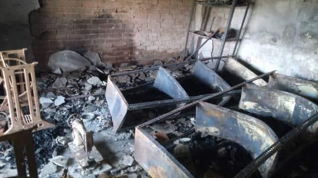 सुलतानपुर : कपड़े की दुकान में लगी आग, लाखों के कपड़े जलकर राख
