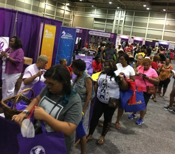 Attendants at the Essence Music Festival stocked up on life-saving Lupus Awareness information provided by the Louisiana-based Crescent City WIC Services.