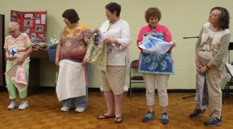 Some of the members who attended the Faux Hawaiian Applique Stencil Technique class