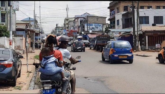 Video: Lady Tamara wages campaign against children sitting on Okada 1