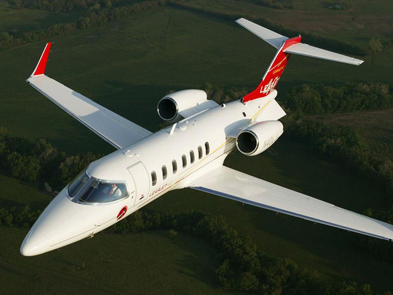 Bombardier Learjet 40 / 40XR Private Jet Hire