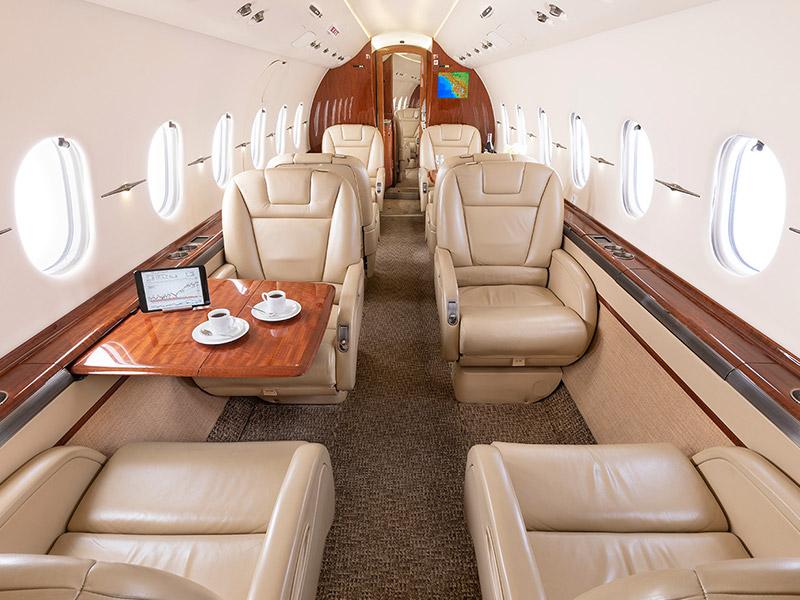BAe Hawker 4000 Private Jet Hire