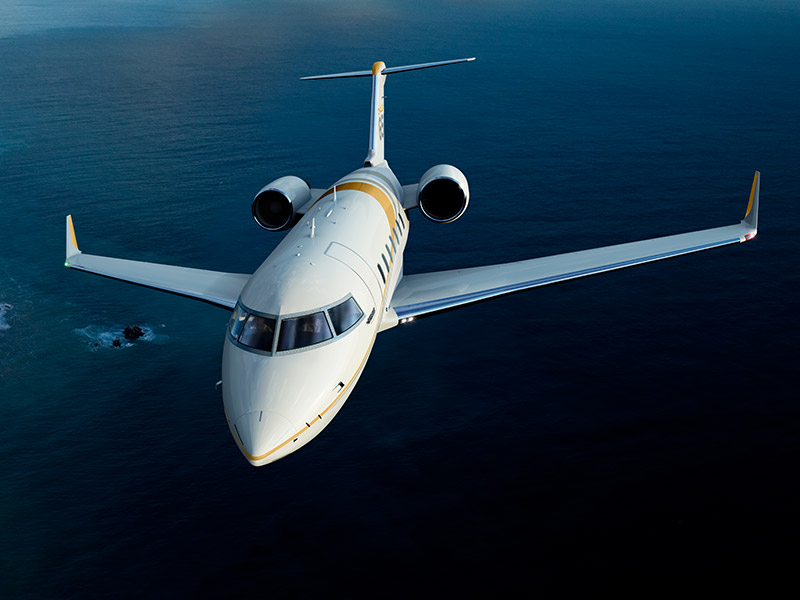 Bombardier Challenger 650 Private Jet HireBombardier Challenger 650 Private Jet Hire