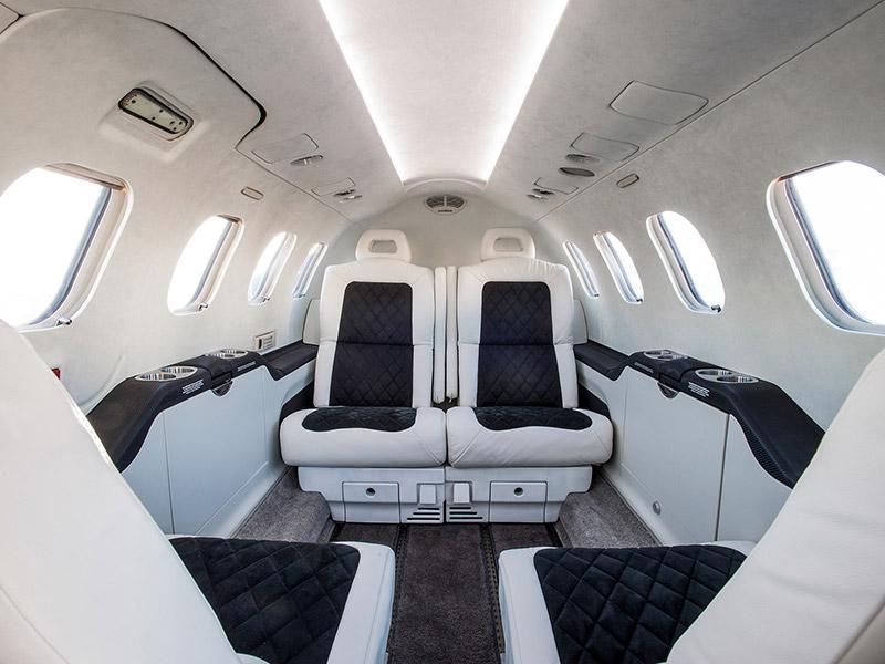 Syberjet SJ30 private jet hire