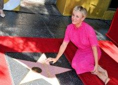 Kaley Cuoco im Oktober 2014 auf dem Hollywood Boulevard