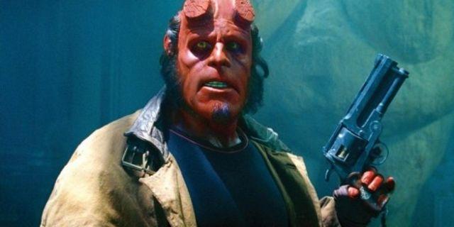 Hellboy punch a nazi