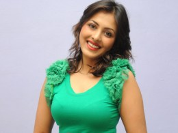 Madhu Shalini Height, Weight, Age, Affairs, Wiki & Facts