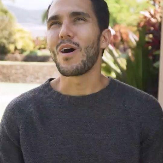 Carlos-PenaVega-age-starsgab