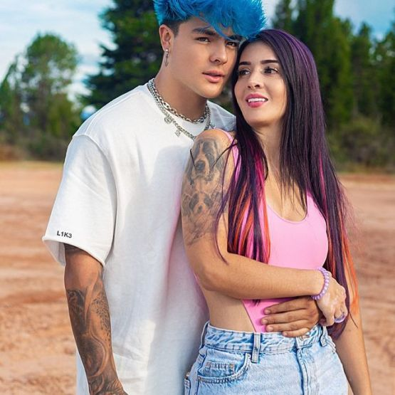 Carlos-Feria-with-his-girlfriend